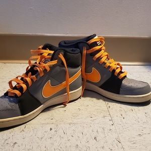 Hike High Top Sneakers Size 8 *GENTLY USED